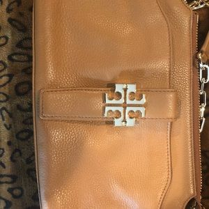 Tory Burch shoulder bag (like new )